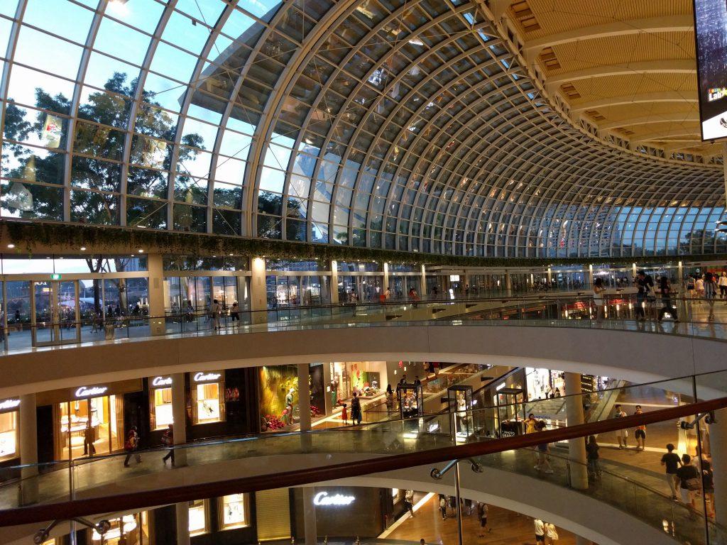 Wieder zurück in der Marina Bay Sands Shopping Mall
